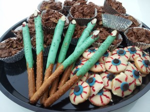 Halloween Dessert Tray Witches Fing Eyball Cookies Bat Droppings